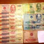 ベトナム ホーチミンで両替したい時はベンタイン市場向かいの両替所に行こう!